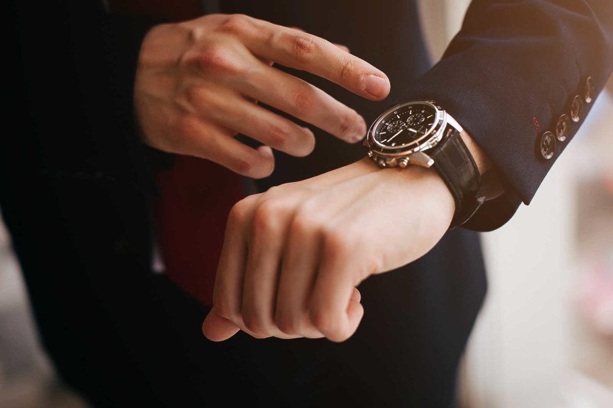 Uhren, Uhrenhändler Kassel